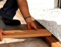 Memasang Decking Kayu 11