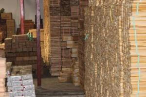 stok lantai kayu rajawali parquet