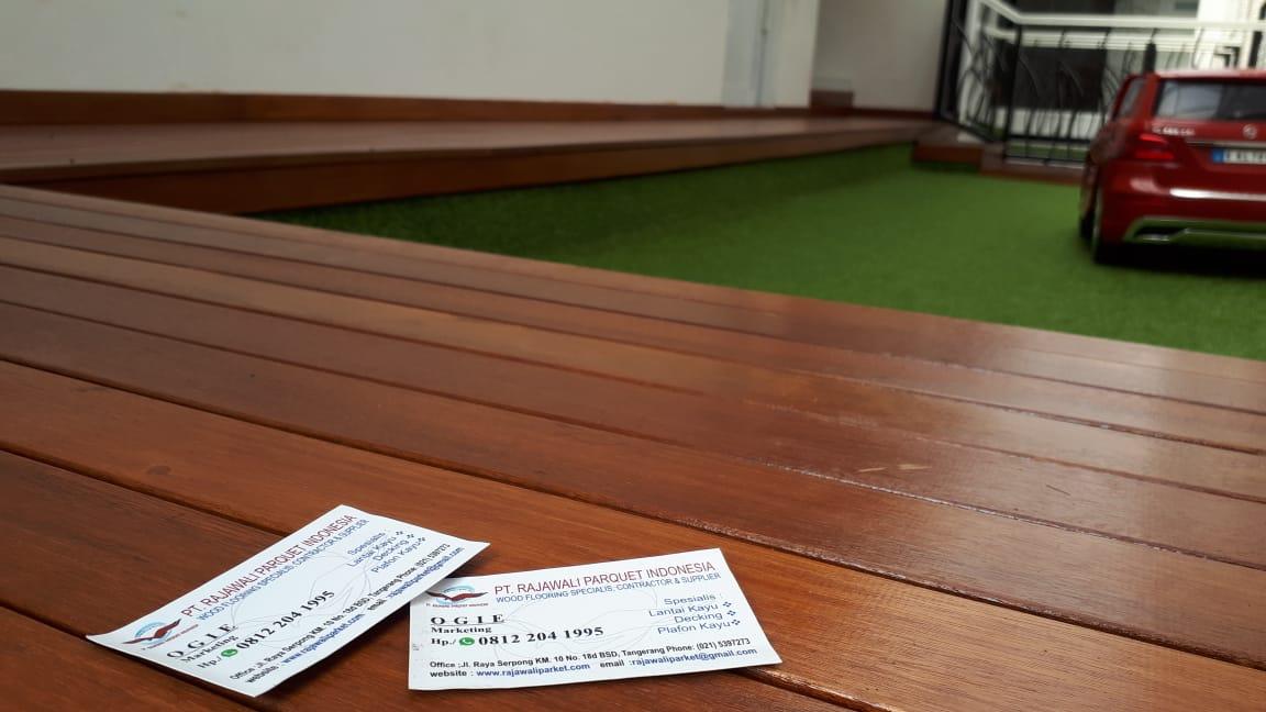 lantai kayu di alamsutera